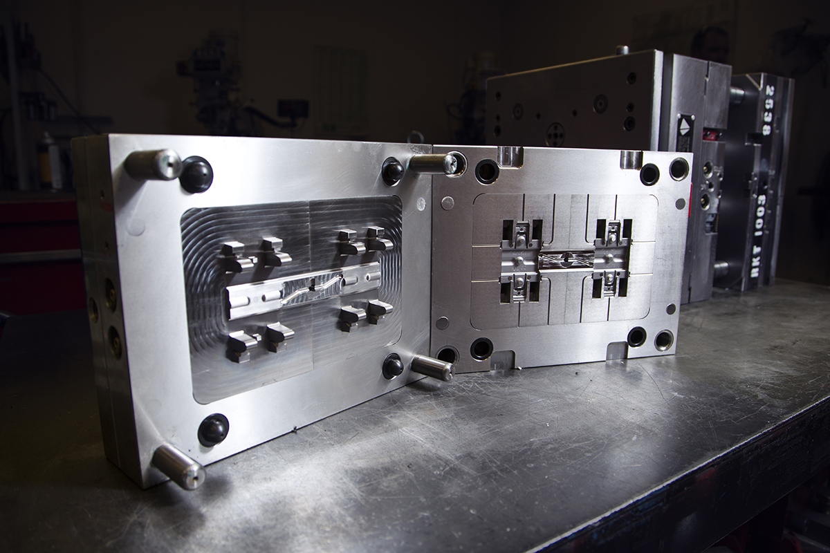 injection mold interior